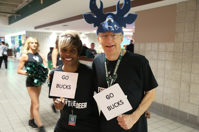 Best fan photos from Bucks-Raptors Game 3