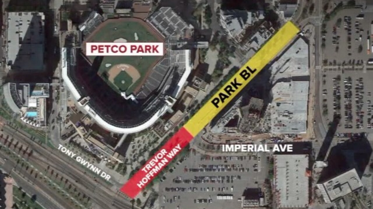 Trevor Hoffman Way unveiled at Petco Park