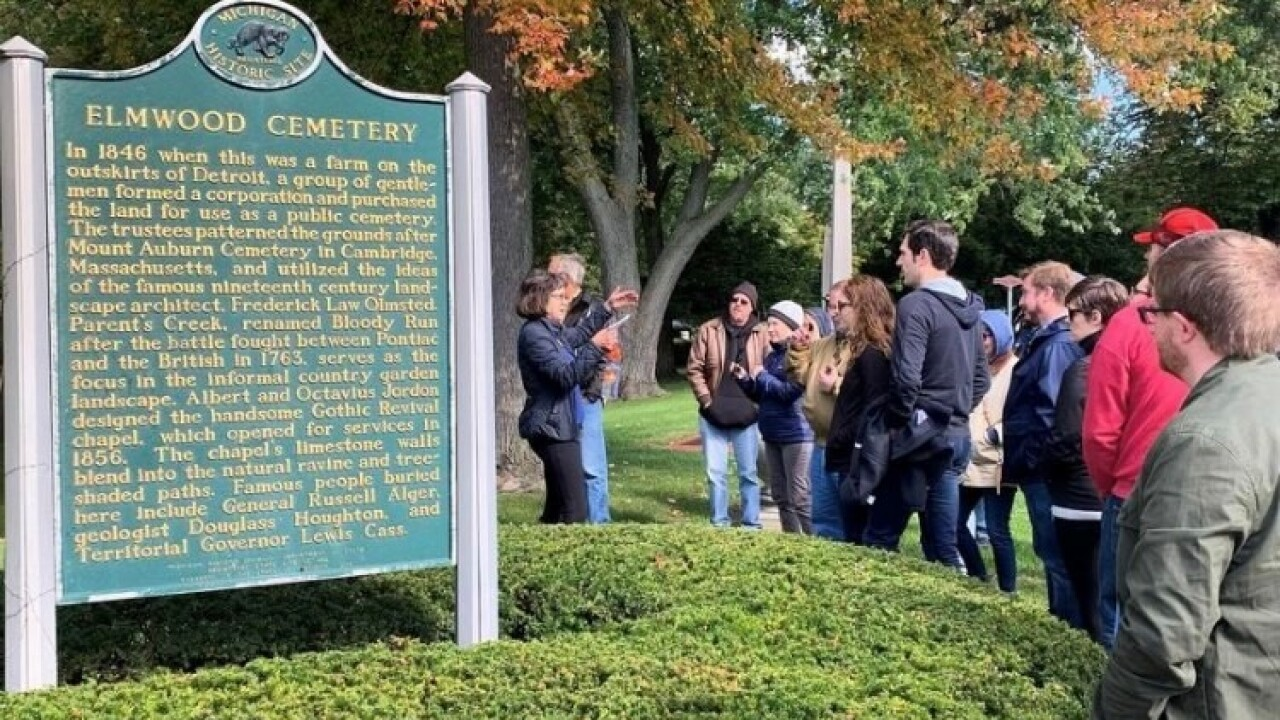 thumbnail_Amy Elliott Bragg leads cemetery tour 2.jpg