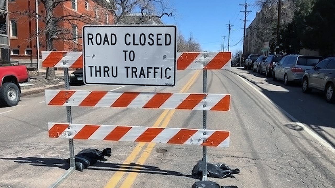 road-closed.png