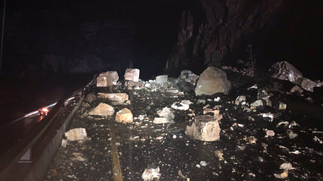 Large rock slide closes I-70 through Glenwood Canyon