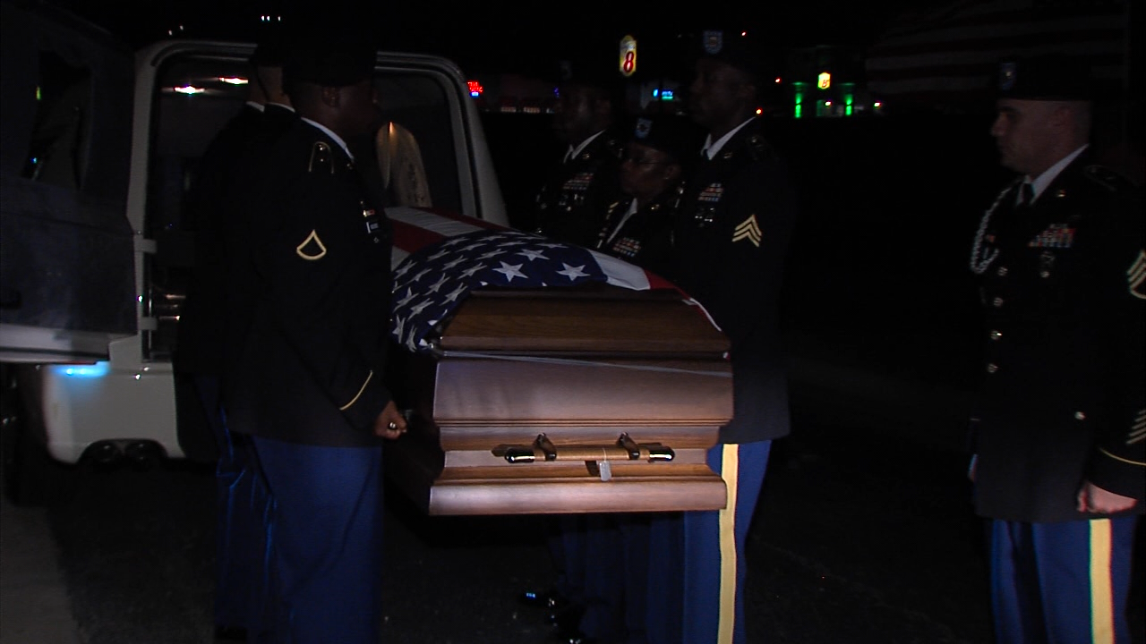 State troopers, Patriot Guard Riders escort Fort Hood soldier to local funeral home