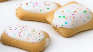 Pop-Tarts Is Launching Snack-sized Frosted Confetti Cake Bites