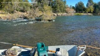 Man dies in canoe incident on Madison River