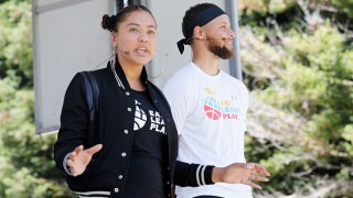 Stephen and Ayesha Curry to provide 1 million meals to families in need
