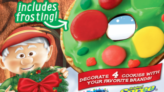 Make A Cookie Wreath With Keebler's New Decorating Kit