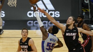 Pistons Heat Basketball Kelly Olynyk