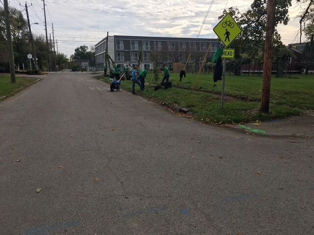 PHOTOS: More than 200 volunteers help clean up Kennedy King neighborhood