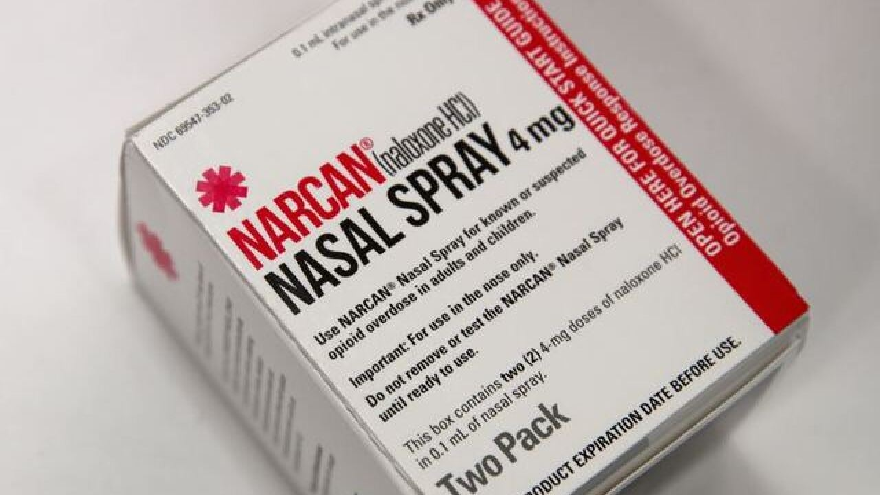 Milwaukee County Sheriff administers six doses of narcan to driver