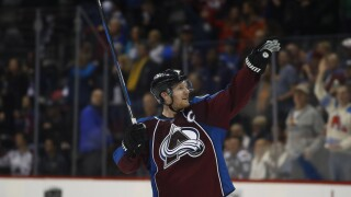Staying in Colorado: Avs sign Landeskog to 8-year contract