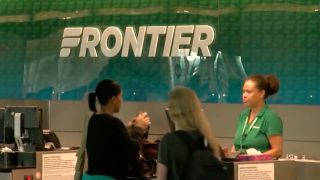 Call for investigation into Frontier Airlines, company's response, & News 5 helps customers.