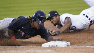 Indians beat Tigers for 19th time in row