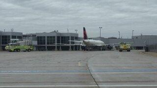 Delta flight diverted to Austin Straubel
