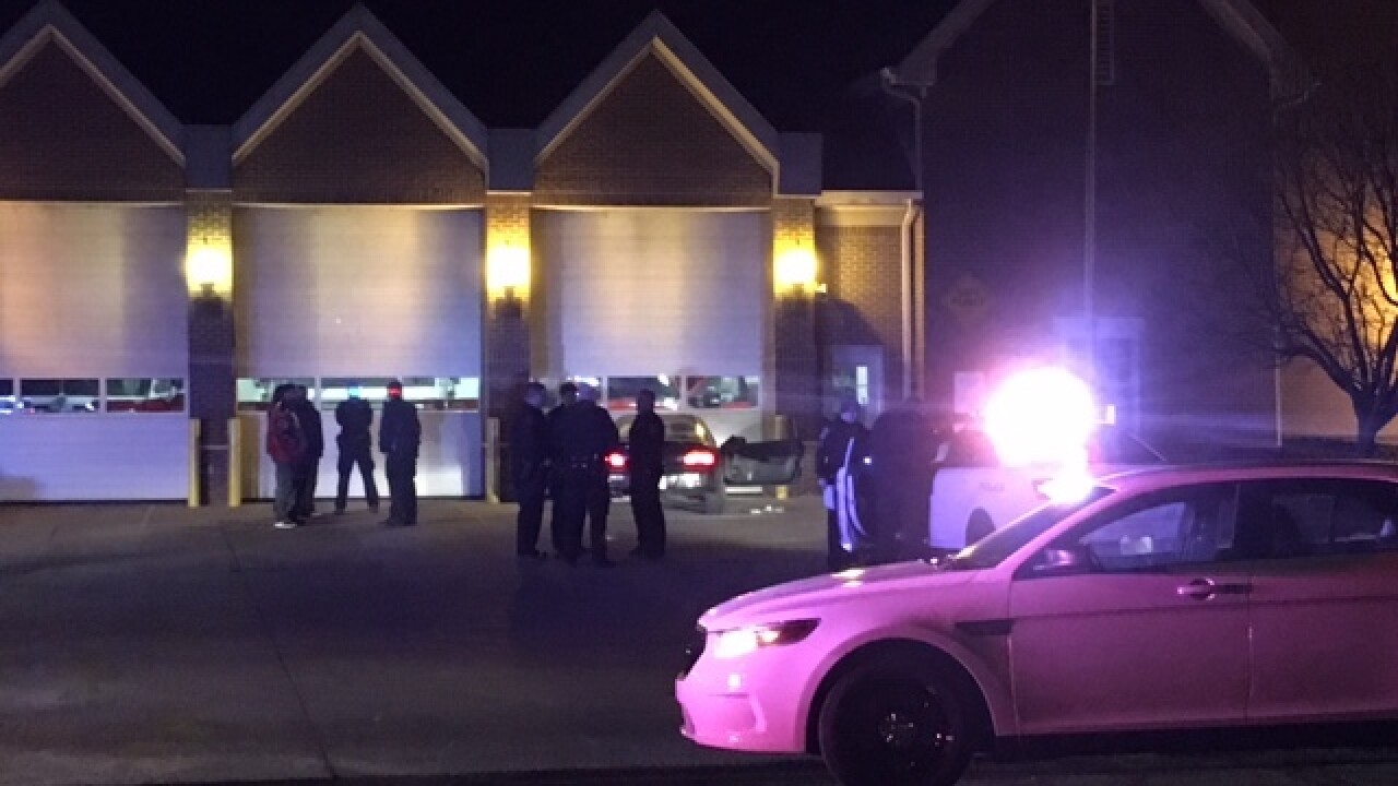 Shooting victim shows up at NE-side fire house