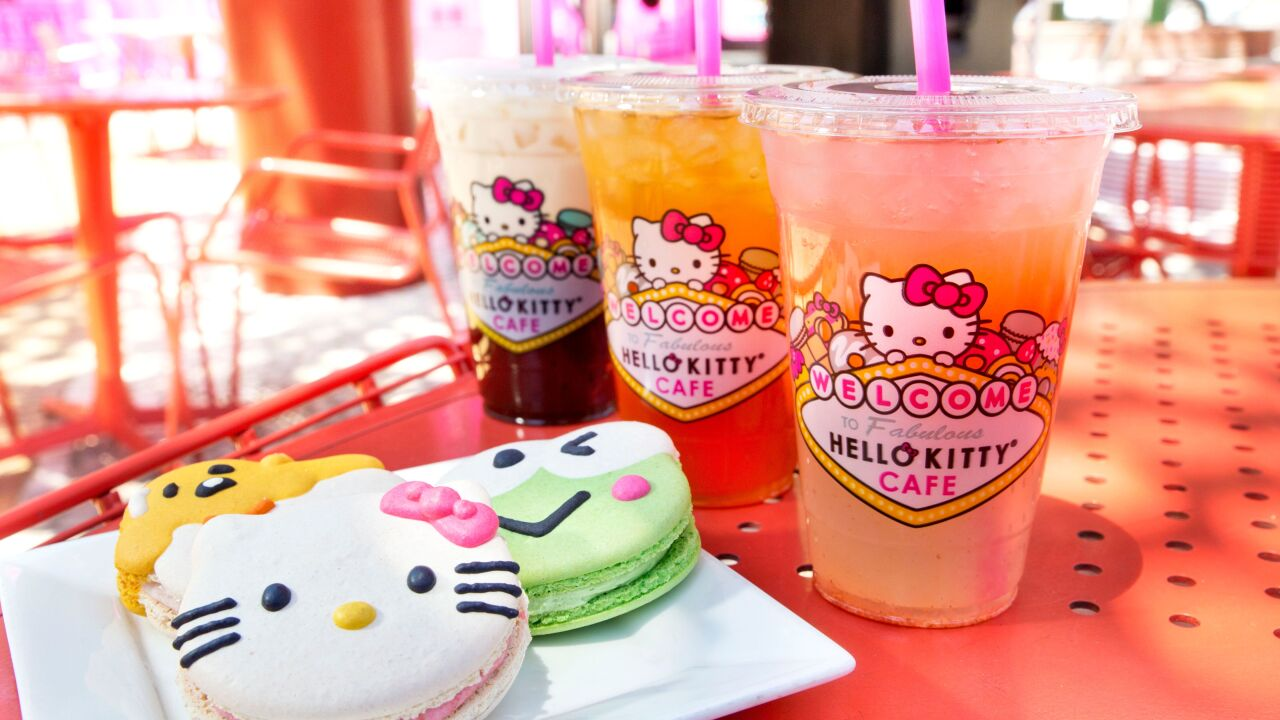 hello kitty cafe 3.jpeg