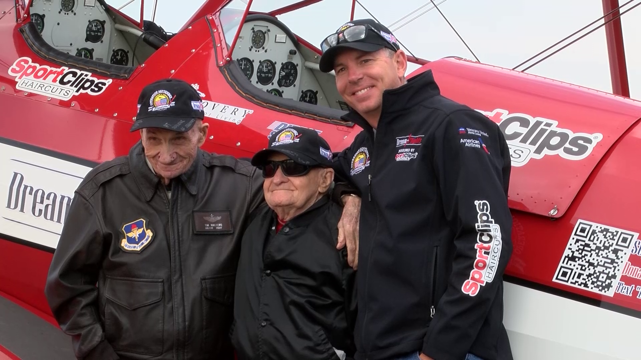 "WWII veteran takes a ""Dream Flight"" in Great Falls"