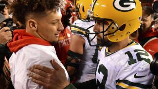 mahomes rodgers ap photo.jpg