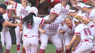 Ragin' Cajuns Softball Claims Series in Statesboro, Reaches Milestone Moment
