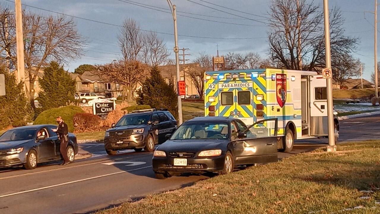 91st Street and Glenwood Street in Overland Park crash