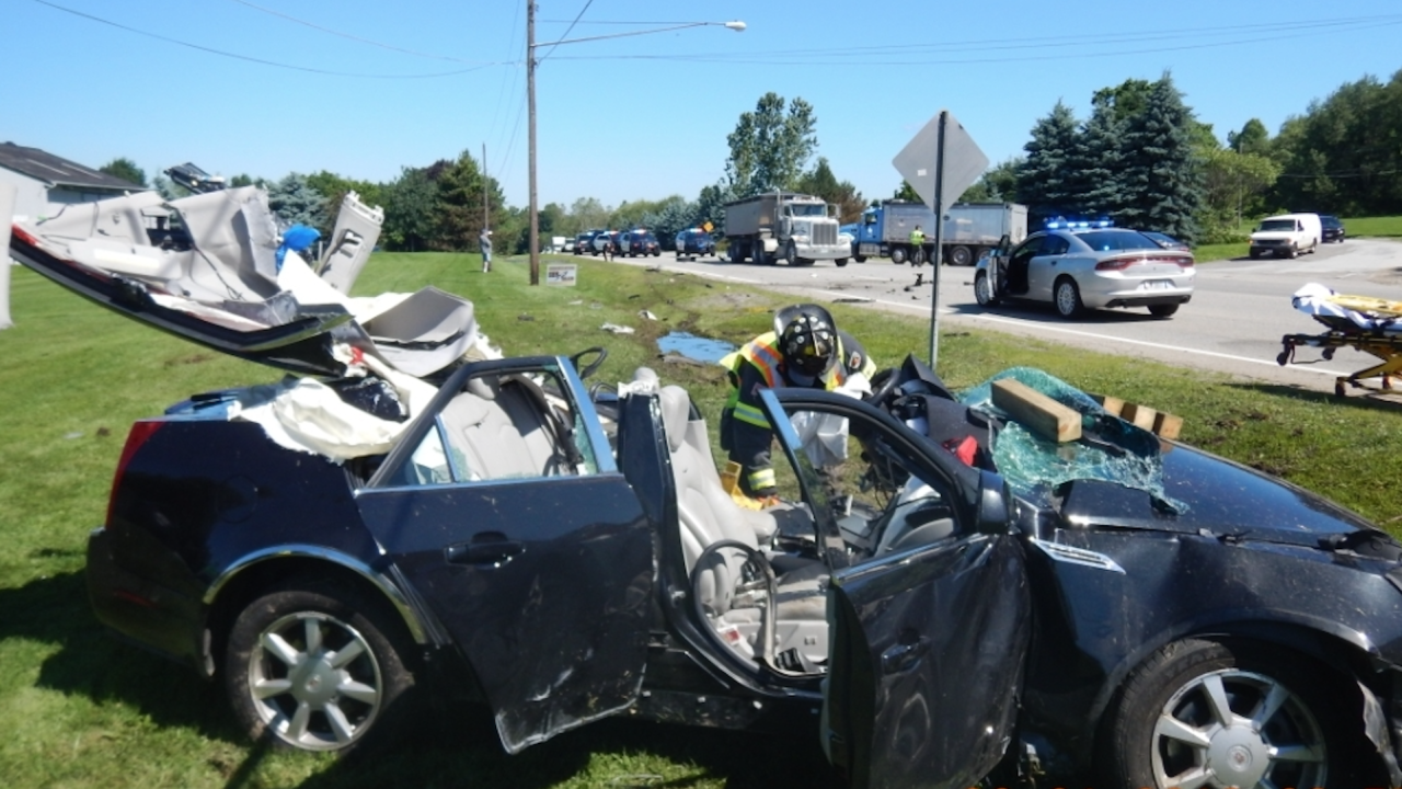27-year-old man dead after crash in Streetsboro
