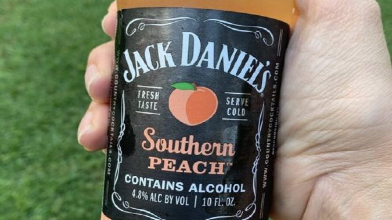 Jack Daniel's Southern Peach Cocktails Sound Perfect For Summertime Sipping