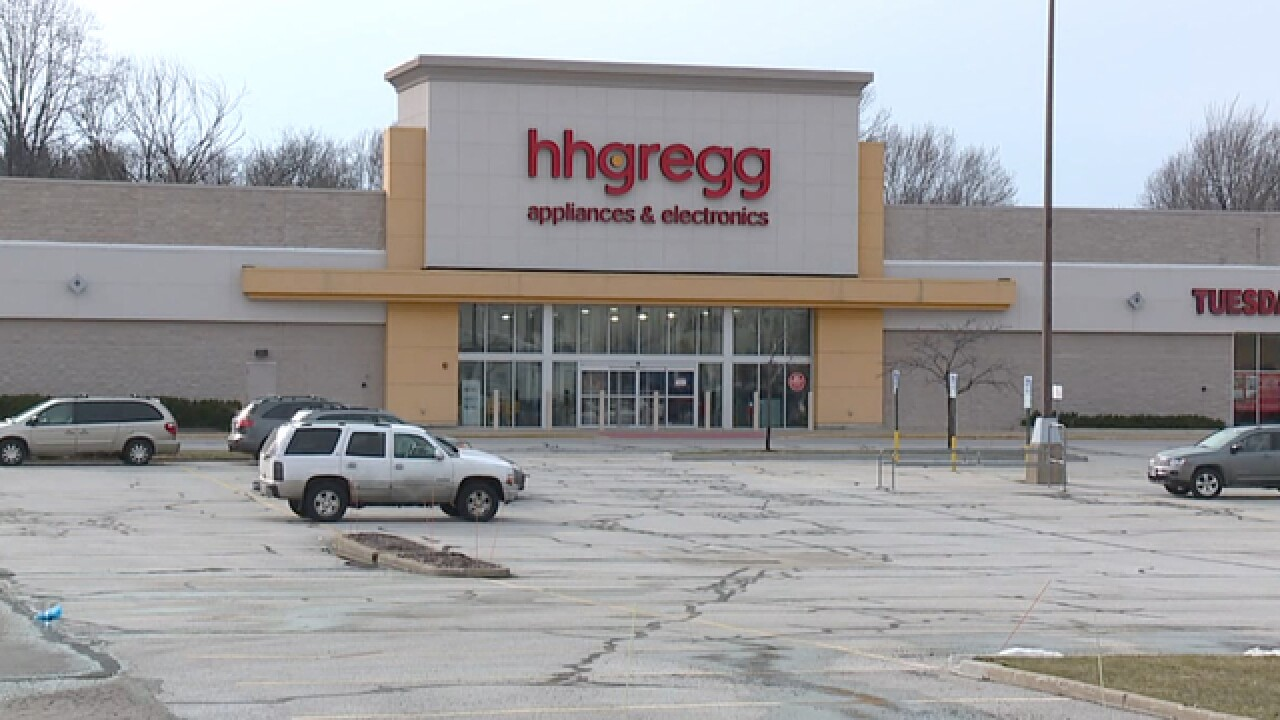 Local shoppers upset by hhgregg delivery delays