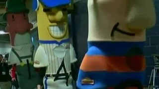 """Milwaukee Brewers get """"sausage send-off"""" for spring training"""