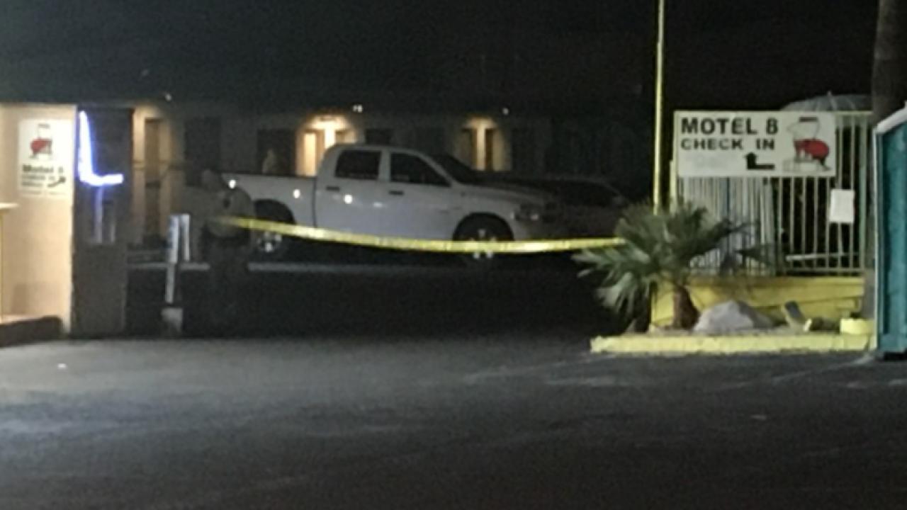 motel shooting las vegas boulevard.PNG
