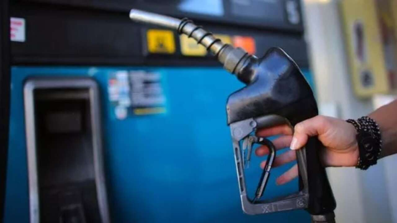 Gas prices drop below $2 a gallon in Billings as oil industry braces for fall