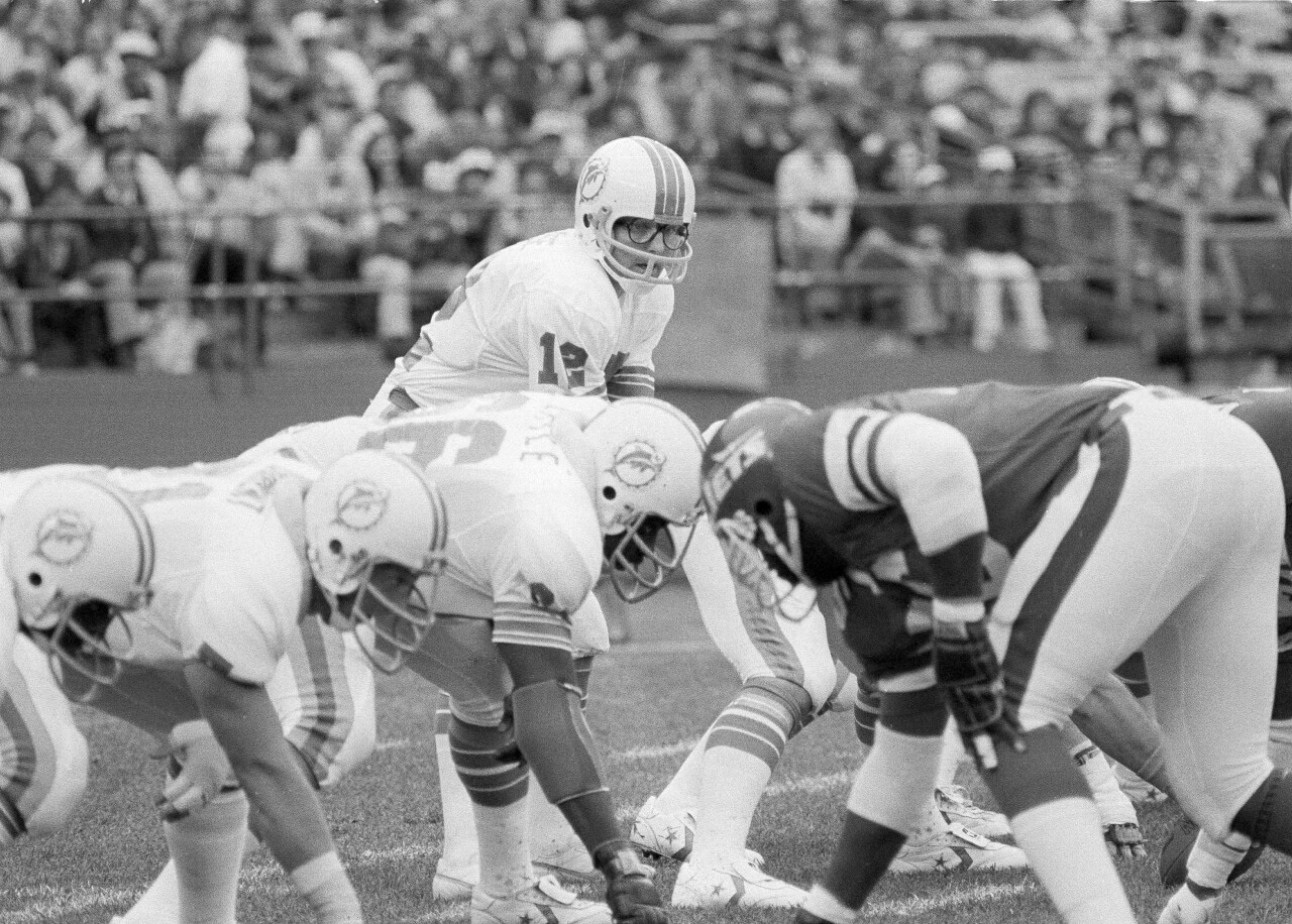 Miami Dolphins QB Bob Griese vs New York Jets in 1979