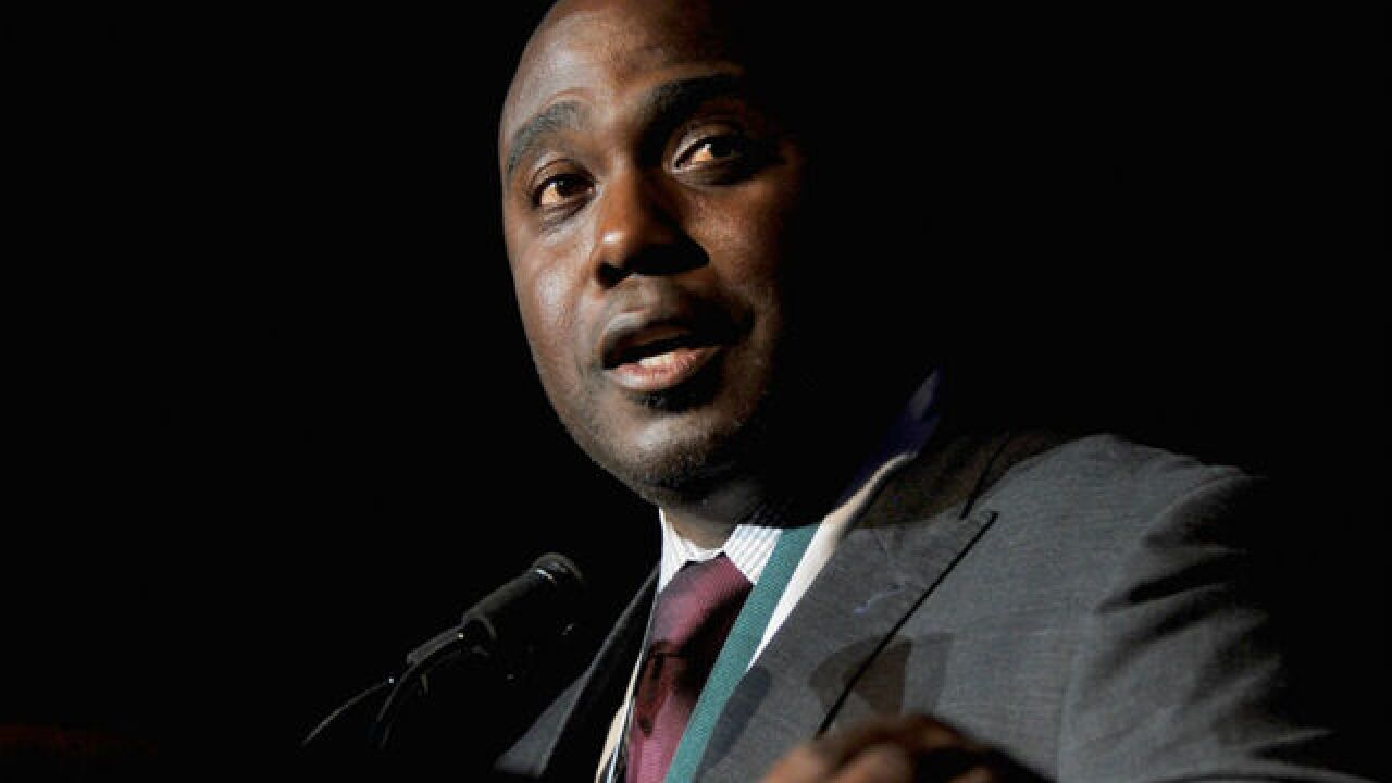 Former Colt Marshall Faulk suspended by NFL Network after sexual harassment, assault allegation