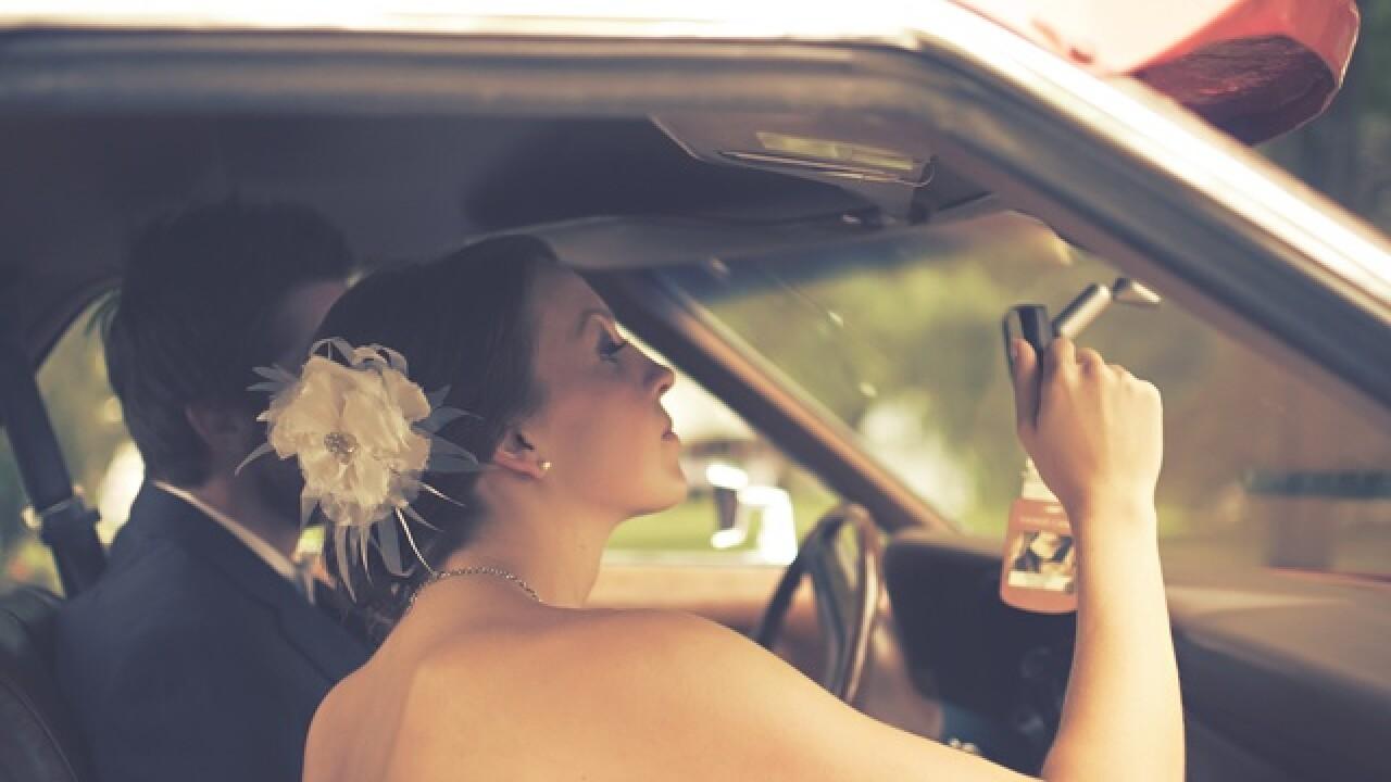 Renos Last Drive Thru Wedding Chapel Closes