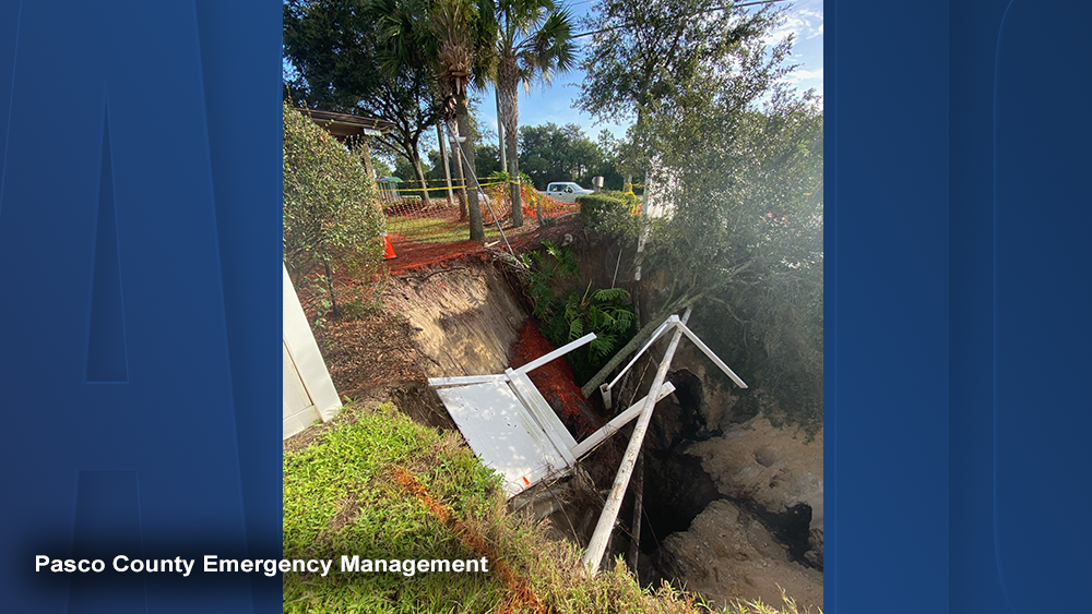 depression-sinkhole-new-port-richey-004.png