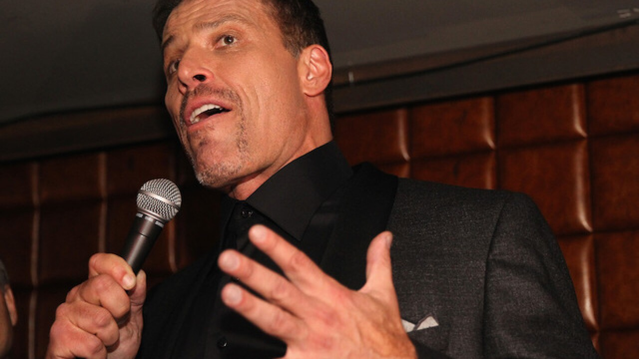 Life coach Tony Robbins issues apology after comments on #MeToo movement