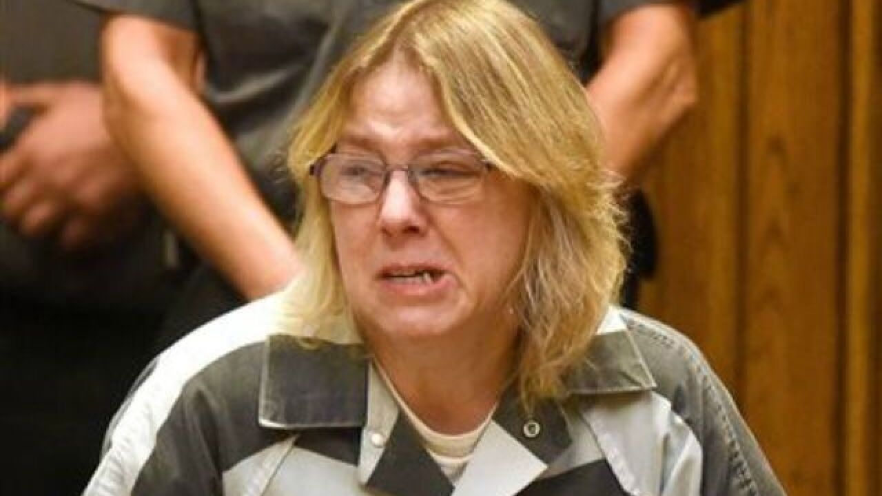 Prison worker who aided escape gets up to 7 yrs