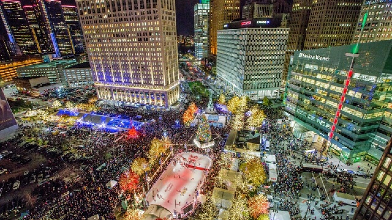Send & view photos: 'Light Up the Season' at Campus Martius