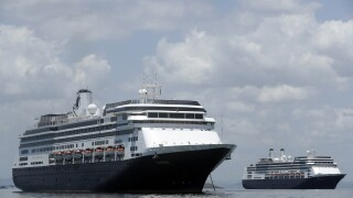 DeSantis says cruise industry vital to FL economy, calls on CDC to rescind no-sail order