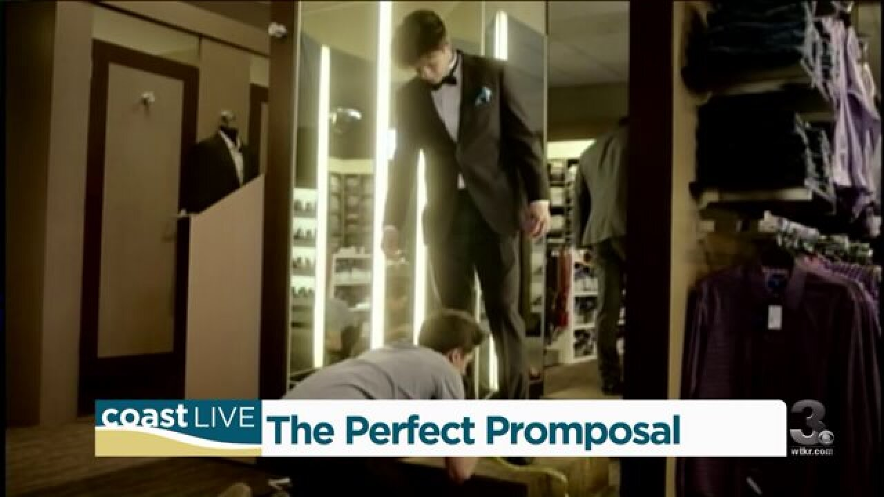 """Learning what makes a great """"promposal"""" on CoastLive"""