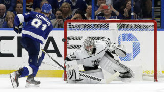 Stamkos beats Quick in shootout