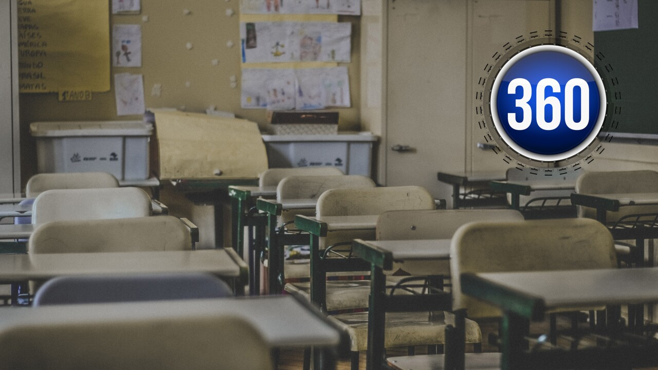 classroom 360.jpg