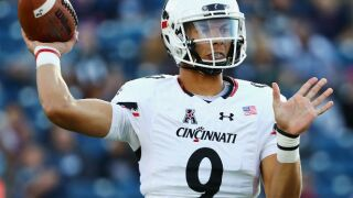 Undefeated Bearcats rout UConn to go 5-0