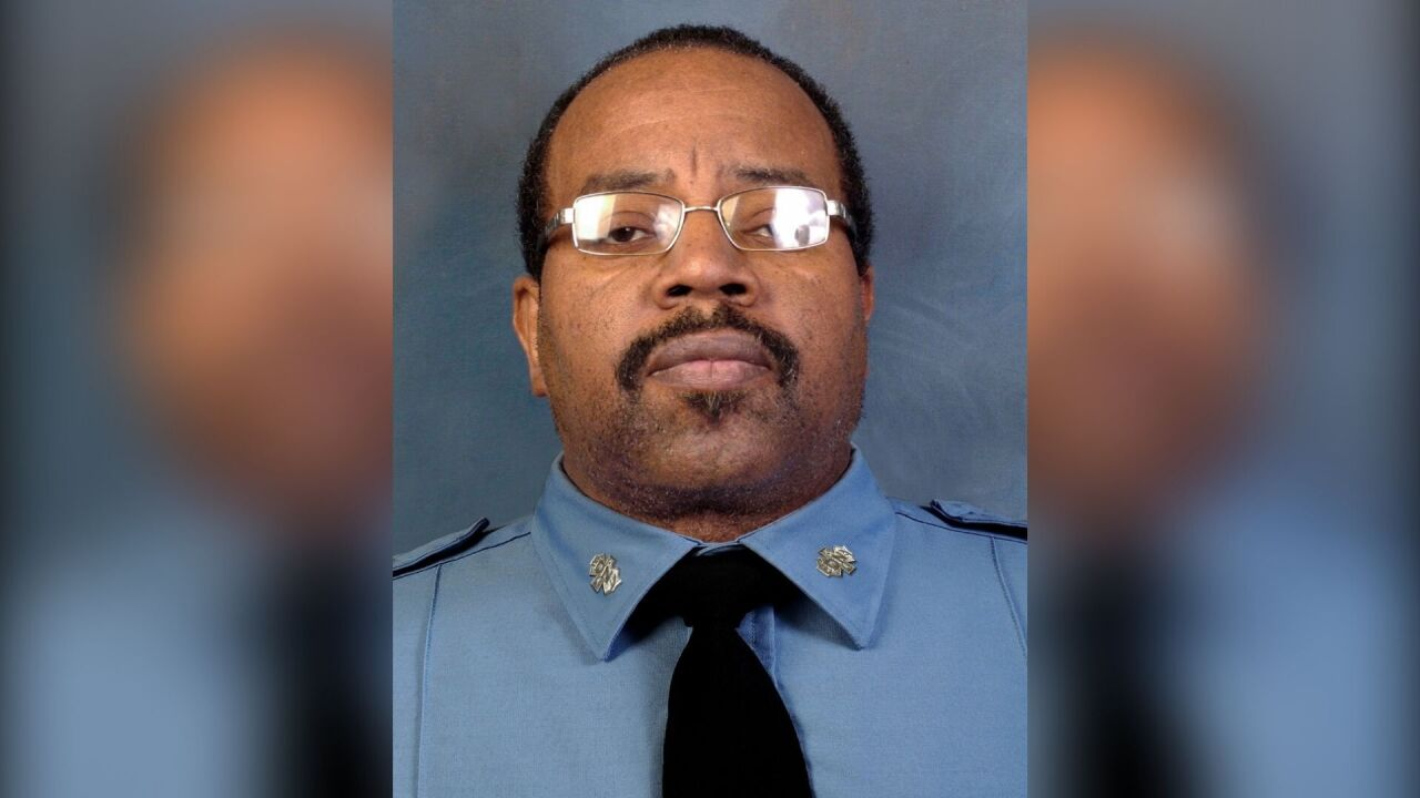 Veteran FDNY EMT Richard Seaberry dies from COVID-19