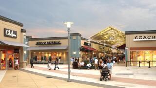 Cincinnati Premium Outlets in Monroe