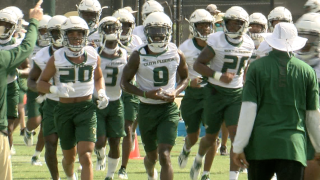KJ-Sails-Leads-USF-Football-Team-bulls.png