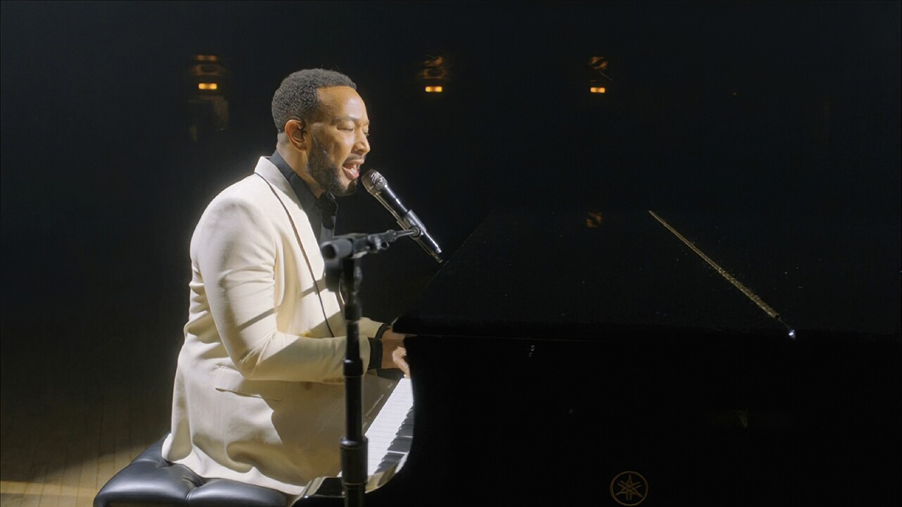John Legend dedicates Billboard performance to wife Chrissy Teigen after pregnancy loss