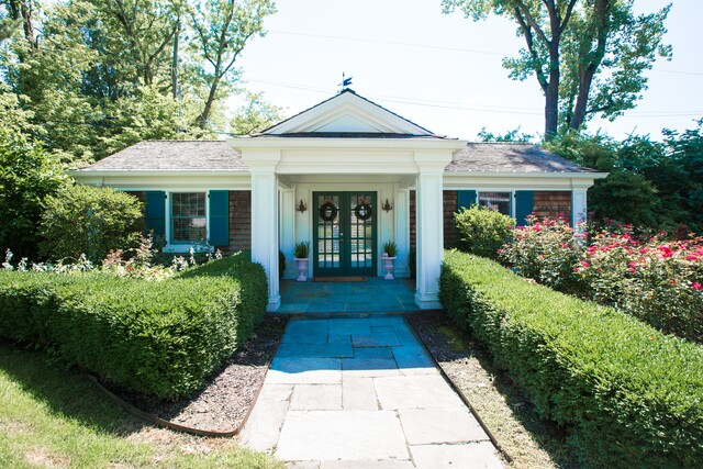 HOME TOUR: From damp garage to a beautiful, 750-square foot North Side garden cottage