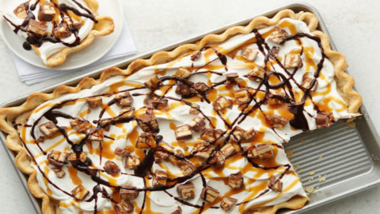 This Snickers Slab Pie Looks Deliciously Decadent