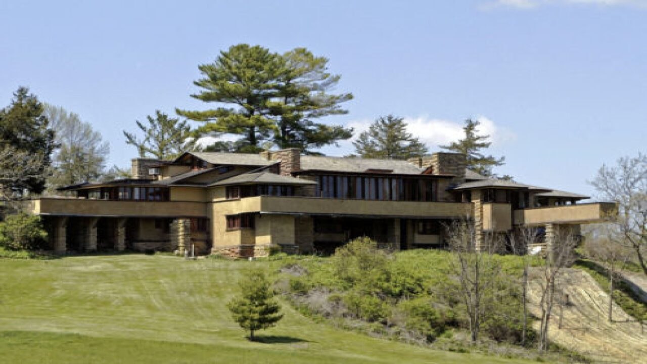 You Can Now Virtually Tour 17 Frank Lloyd Wright Buildings