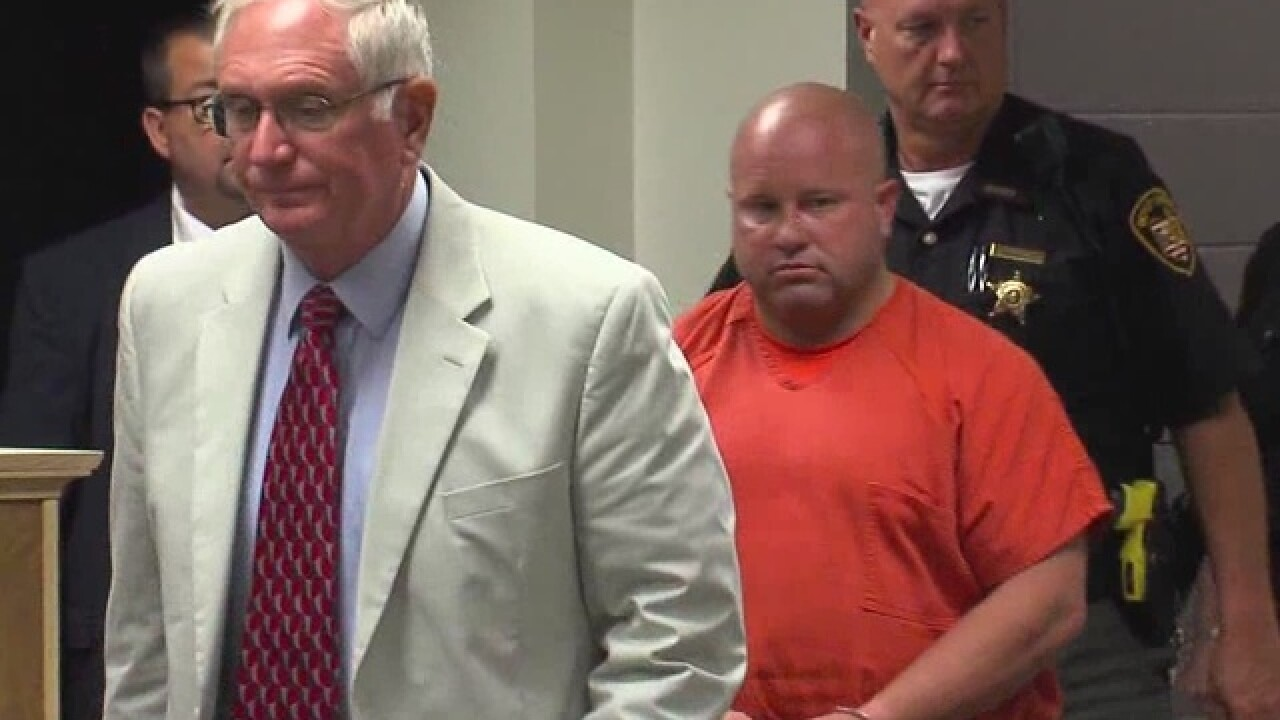 Ohio sheriff charged with stealing pills