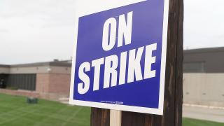 Sign from John Deere strike
